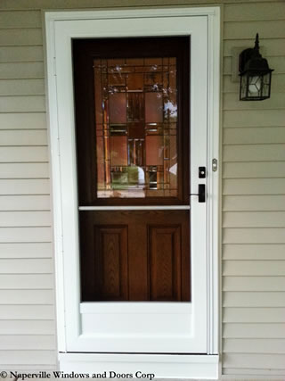 Storm Door Installer Naperville Illinois.
